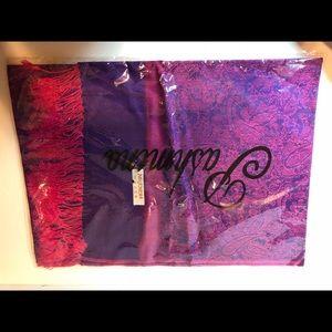 Pashmina pink and purple scarf